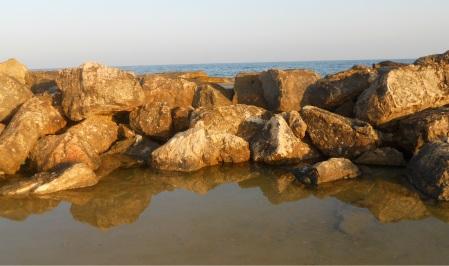 שמים ים סלעים סלעים ים שמים
