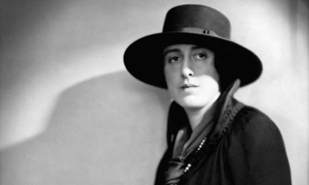 Novelist and poet Vita Sackville-West circa 1925. Photograph . Hulton-Deutsch